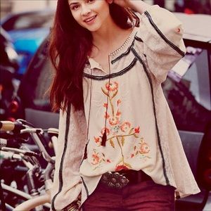 Free People   Tiger Lily Embroidered Peasant Top S